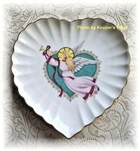 Mikasa NOEL Folk Angel Heart Scalloped Edge Porcelain Collectors Plate G... - $11.00