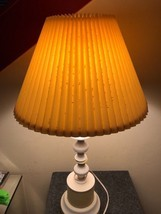 Antique Yellow/White Table Lamp Leviton socket bell lampshade VTG Vintag... - $43.54