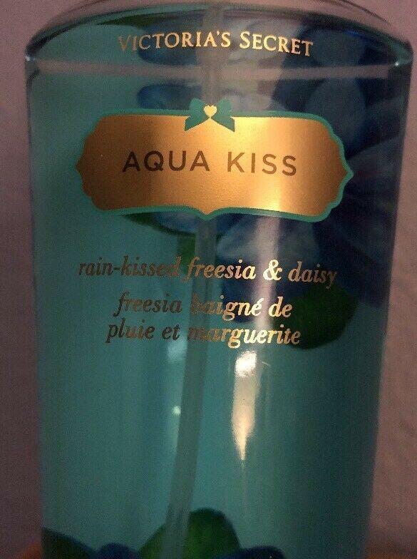Victoria's Secret Aqua Kiss 8.4 OZ Body Fragrance Mist New Freesia Daisy