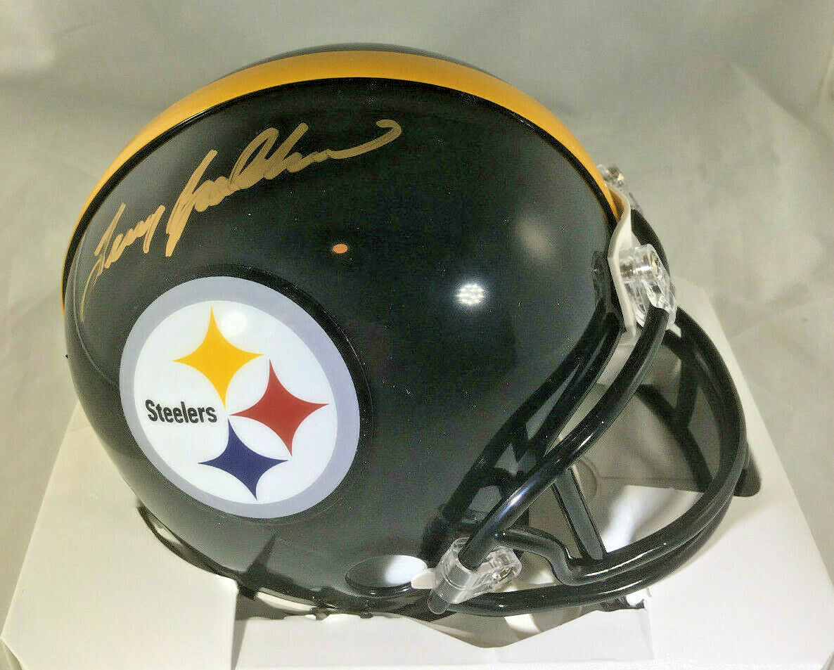 TERRY BRADSHAW / NFL HALL OF FAME / AUTOGRAPHED STEELERS LOGO MINI HELMET / HOLO