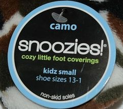 Snoozies Brand KCM005 Pink Dark Camouflage Girls House Slippers Size S image 4