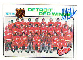 1975-76 TOPPS RED WINGS TEAM CARD SIGNED BY LEFTY WILSON MAPLE LEAFS BRU... - $74.24