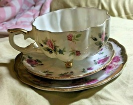 VINTAGE LOT OF (3) NAPCO PIECES - 1 CUP & 2 SAUCERS - PINK ROSES - VERY ... - $5.90