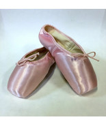 Capezio 155 Women's 8D (fits 10) Pink Nicolini Pointe Shoes - $19.99