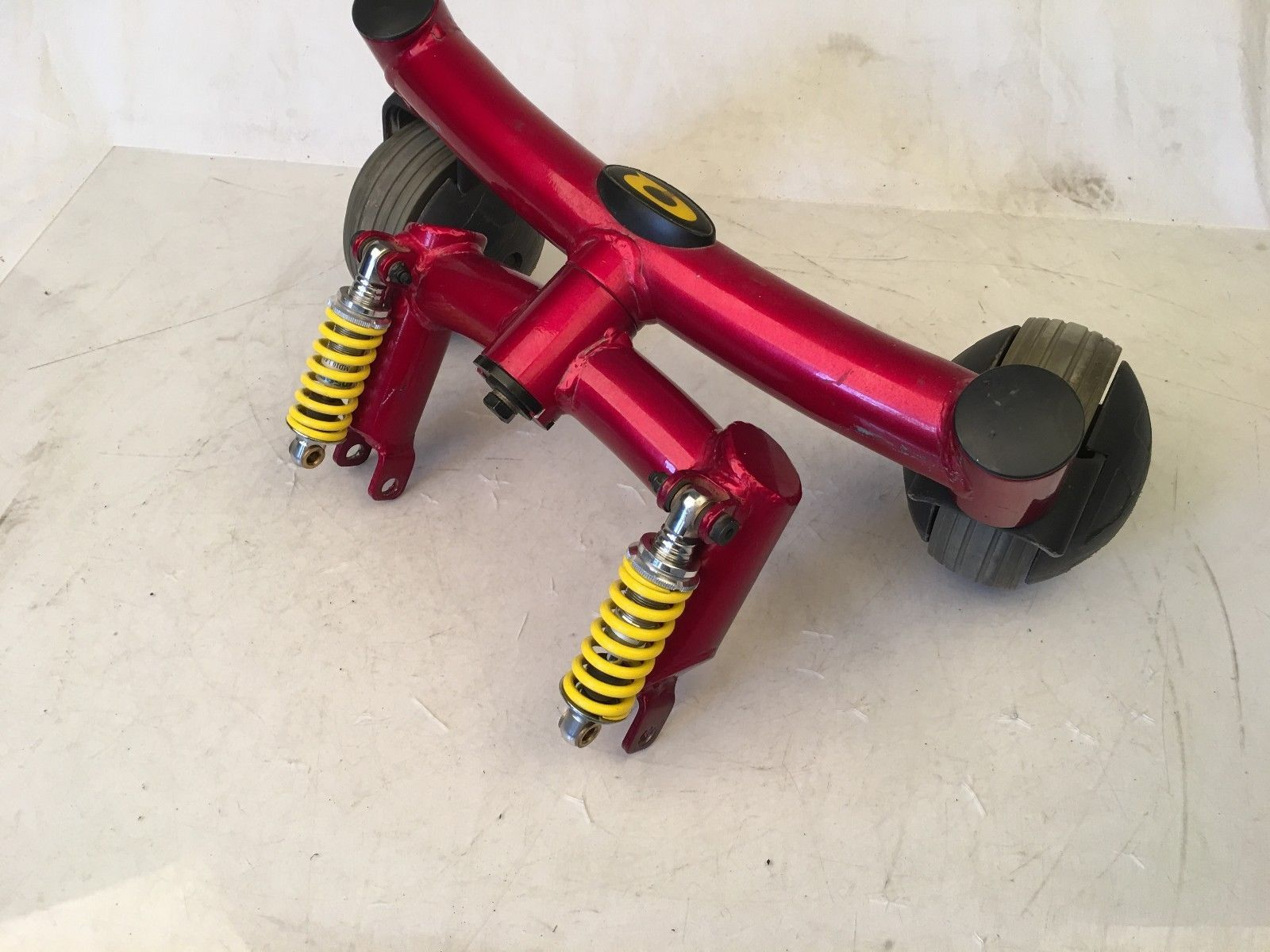 Articulating Beam w/ Casters Wheels Shocks from Pride Quantum 6000z Wheelchair