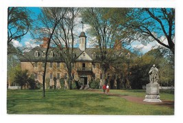 Wren Building College of William and Mary Williamsburg VA Vintage Postcard - $2.99