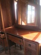 vintage 5 DRAWER HUNTLEY 45 IN DRESSING TABLE w 32 IN MIRROR /  DRESSER - $148.50
