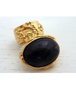 Arty Oval Ring Black Gold Vintage Size 8 - $26.99
