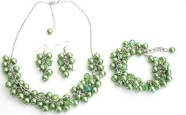 Wedding Pearl Necklace Beaded Chunky Jewelry Kelly Green Pearls Glamor - $27.68