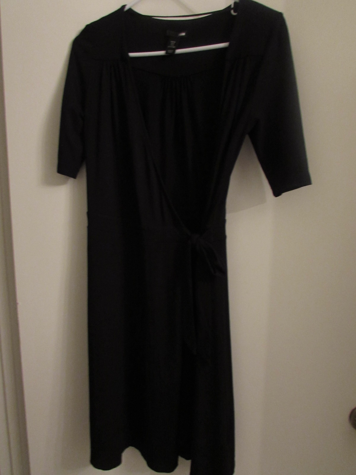 H&M Knee length wrap front Dress with side tie/Black Size: 8