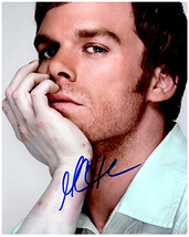 MICHAEL C HALL  Authentic  Original  SIGNED AUTOGRAPHED PHOTO w/ COA 403 - $35.00
