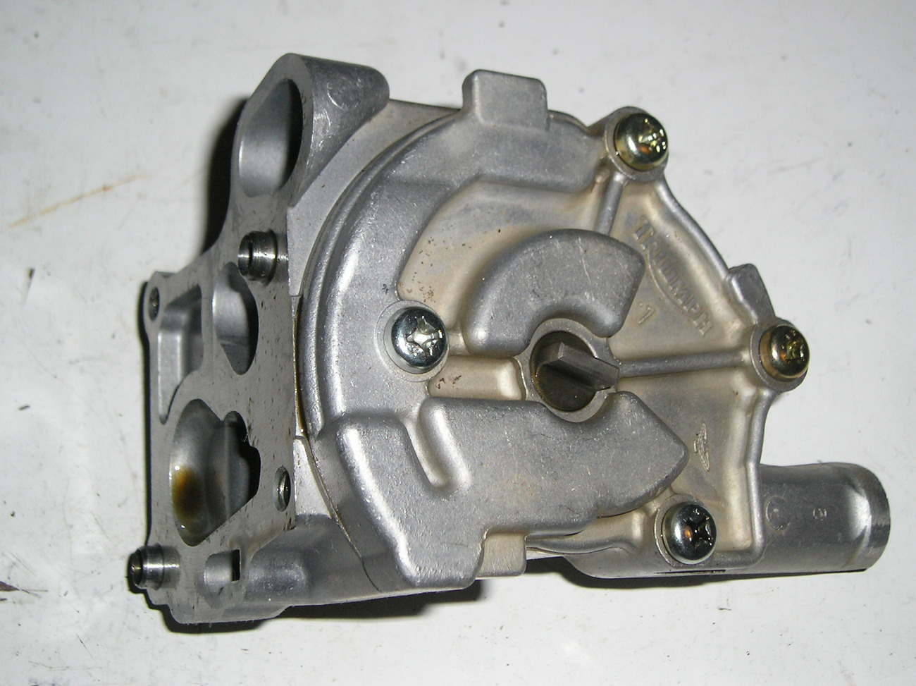 Triumph Daytona 955i '01 T509 oil pump