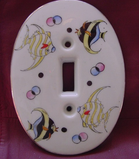 1957 Kelvin Fine China, outlet cover, angel fish