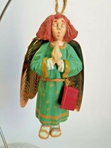 Hallmark Keepsake Ornament - Folk Art Americana - Caroling Angel 1996 - $8.86