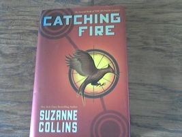 Catching Fire By Suzanne Collins (2009 Hardcover) - $6.00