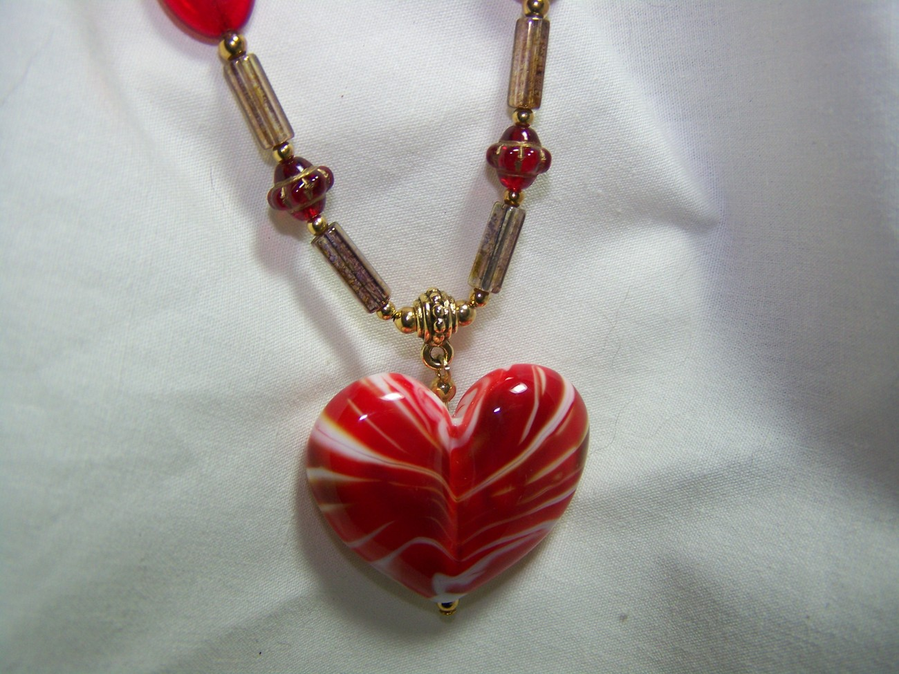 Heart lampwork glass red czech 18 1/4 inch pendant necklace
