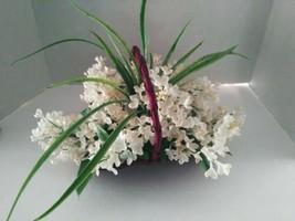 Cute Little Basket Of White Lilacs. Silk Flower Arrangements - $22.28