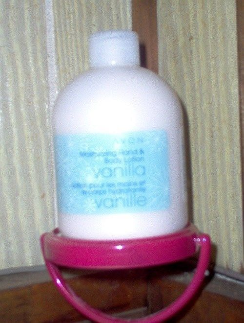 Primary image for Avon Vanilla Moisturizing Hand & Body Lotion 8.4 oz New