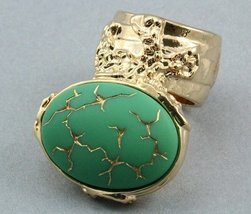 Arty Oval Ring Green Gold Vintage Glass Abstrac... - $27.99