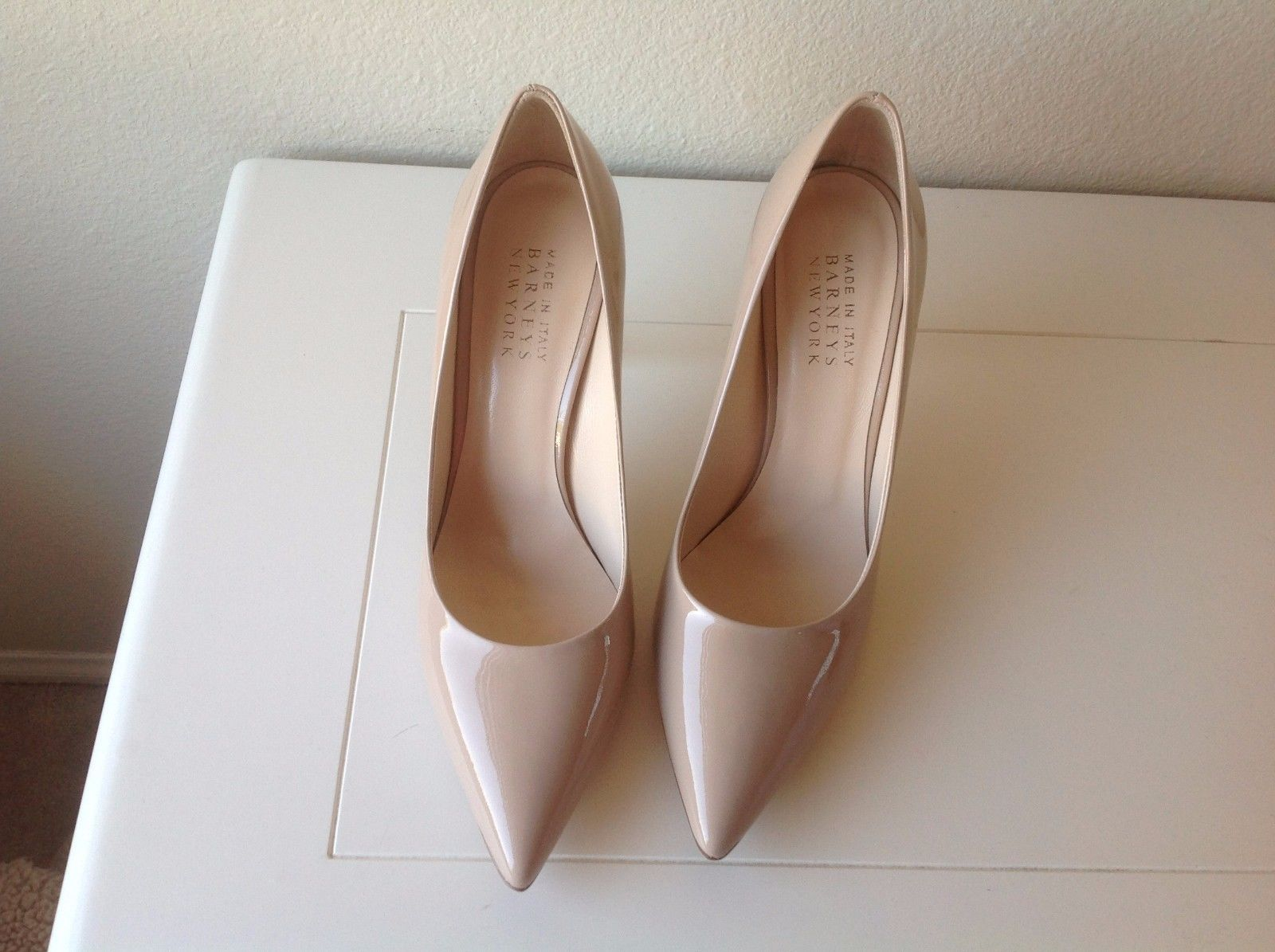 8fc4d313a Barneys New York Women's Classy Italian Shoes NUDE Patent Pumps Size 8 (38)  NIB