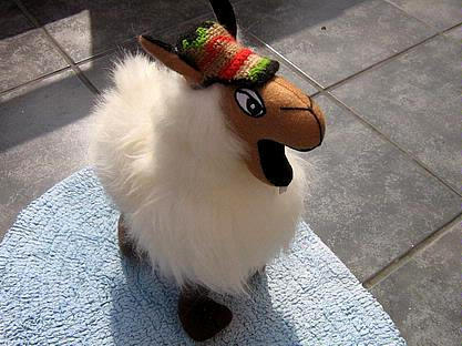 Fur Lama original from Peru, figure and soft toy