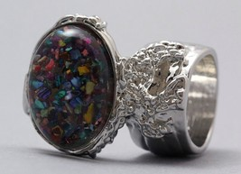 Arty Oval Ring Mosaic Shell Chips Vintage Multi... - $28.99