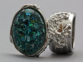 Arty Oval Ring Turquoise Mosaic Shell Chips Vintage Knuckle Art Silver S... - $28.99
