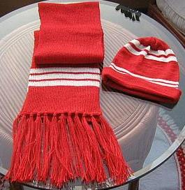 Red scarf and hat, shawl and cap made of Alpacawool