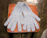 Gloves5 thumb155 crop