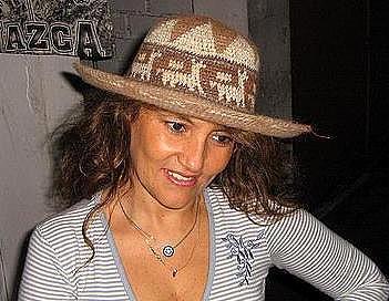 Hat19