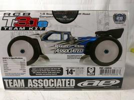 1:8 RC8T3.1e Team Kit - $10.196,95 MXN