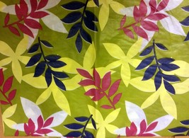 "THIN FLANNEL BACK Vinyl Tablecloth 52""x90"" OBLONG,  COLORFUL LEAVES ON G... - $8.90"
