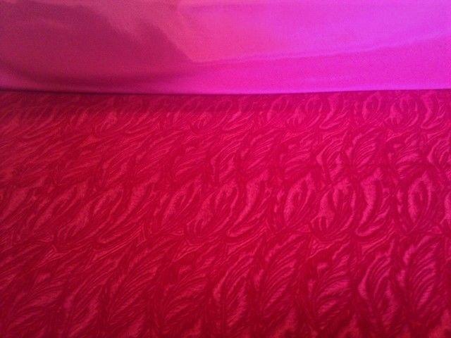33.6 yards JB Martin Embossed Craft Velvet Figaro Rouge Valentine/Christmas Red