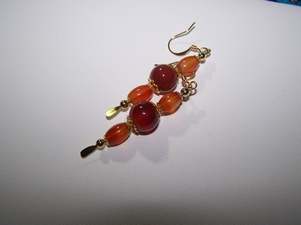 Agate red stone dangle gold earrings 2 1/4 inch