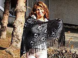 Black crocheted wrap, made of Alpacawool, shawl - $163.00