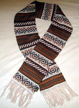 Ethnic peruvian scarf, shawl made of Alpaca wool  - ₹3,203.82 INR