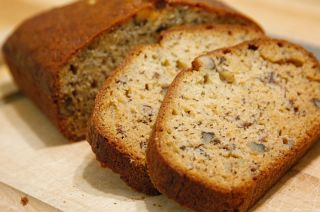 Banana nut bread 1