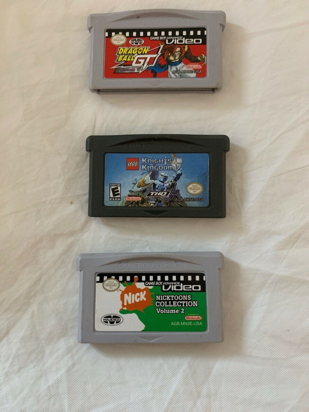 Game Boy Pack Of 3  Dragón Ball GT,Lego Knights KindogDom, Nicktoons Collection - $14.24