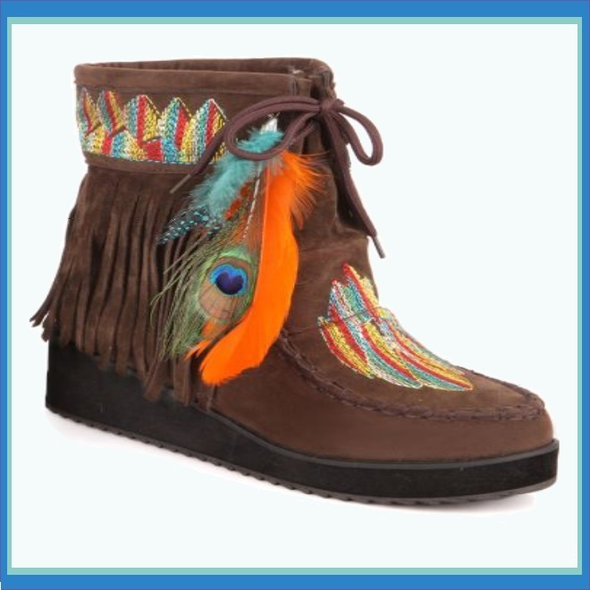 Brown Fringe Peacock Feather Tassel Embroidered Leather Moccasin Slip on Boots