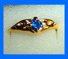Nugget Design 0.25ct CZ BLUE SAPPHIRE Yellow Gold Tone Ring