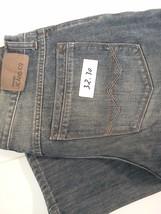 Wrangler 32 x 30 jeans Co - $16.70