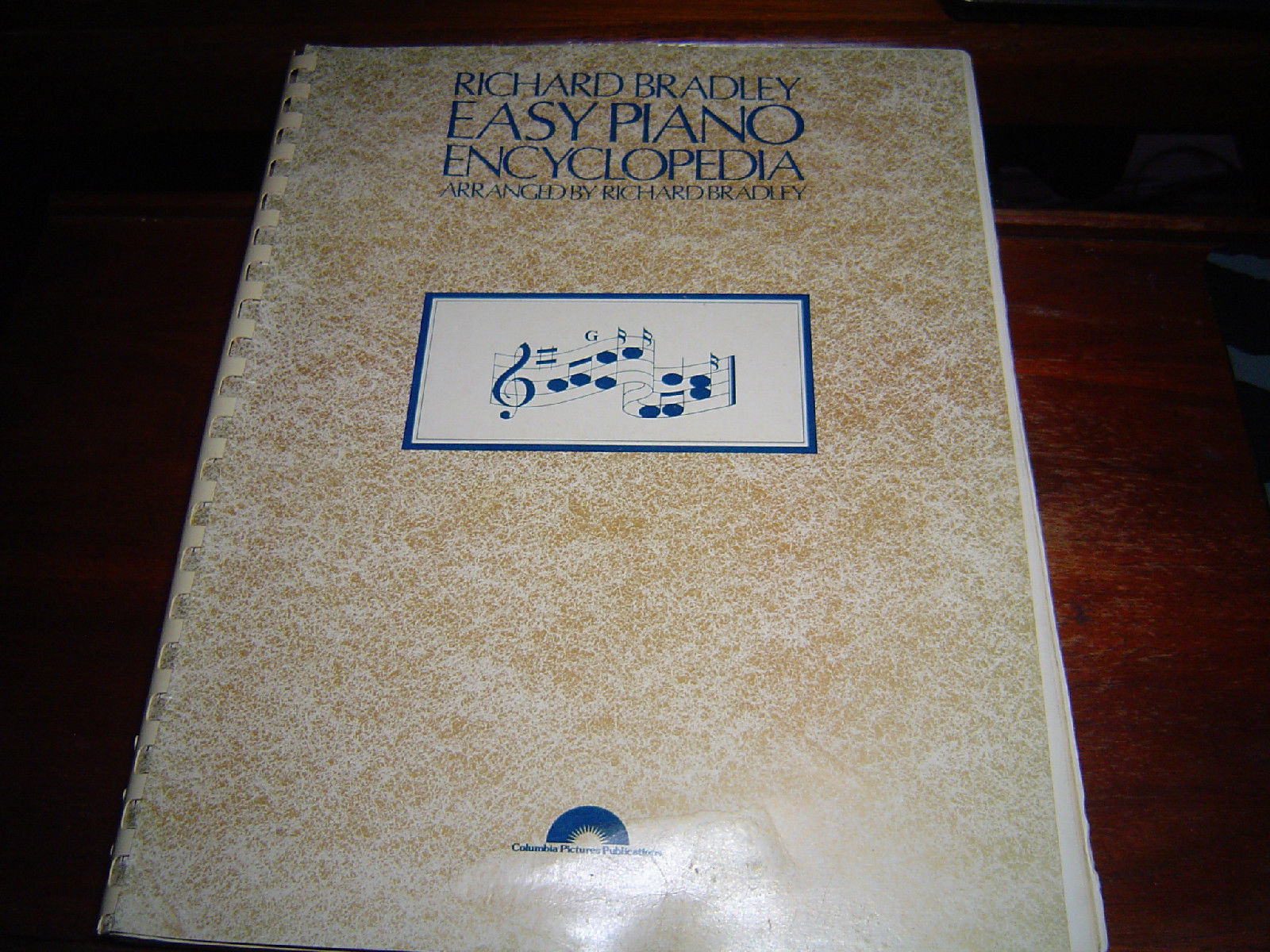 Primary image for RICHARD BRADLEY EASY PIANO ENCYCLOPEDIA FOR BEGINNERS POPULAR ''70s SONGS