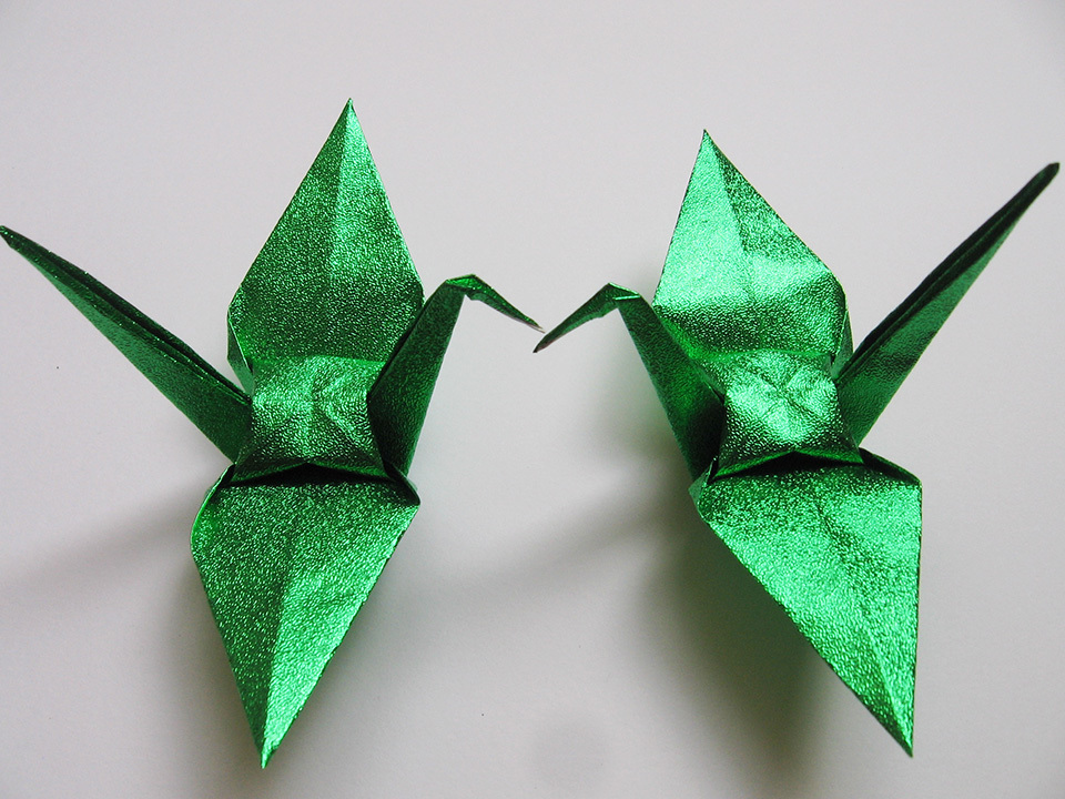 "Primary image for 100 large glittering / shiny green origami cranes 6"" x 6"""
