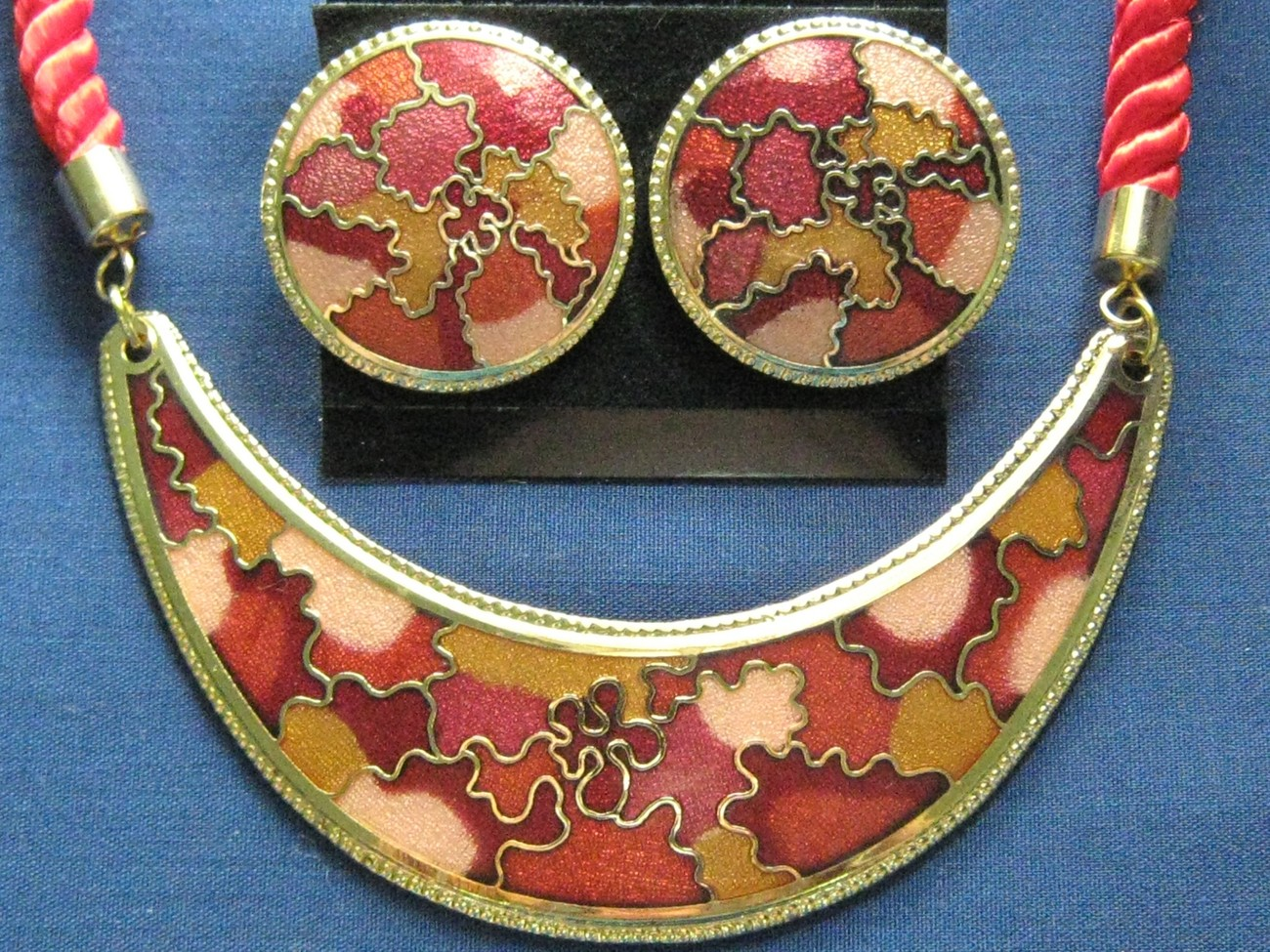 Red Cloisonne Necklace & Earring Fashion Set