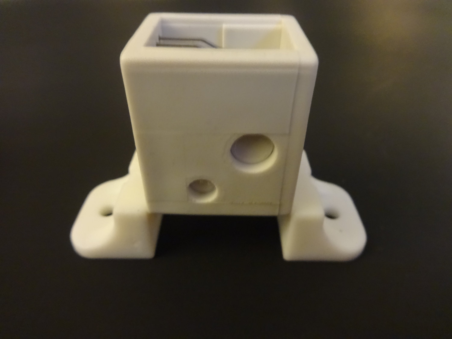 LARGE Box Style ROMAN SHADE Cord Lock: For up to 10 cords, in White