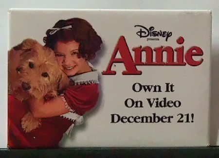 Movie button annie