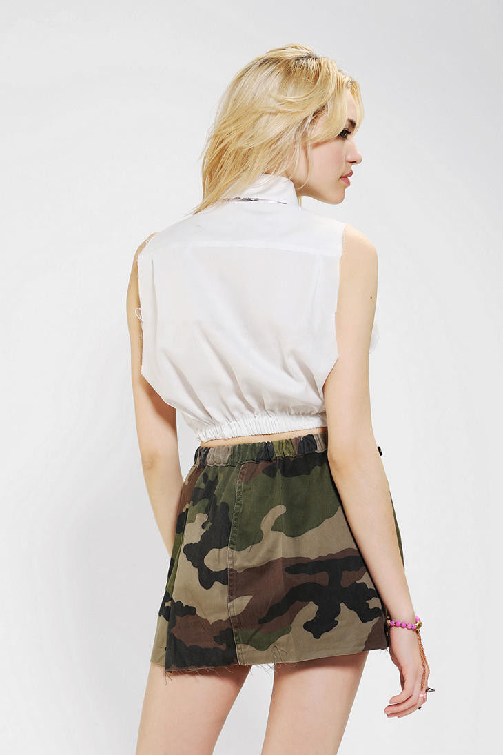 Urban Outfitters Foil trim Sleeveless top, sz. L - MSRP $59 image 3