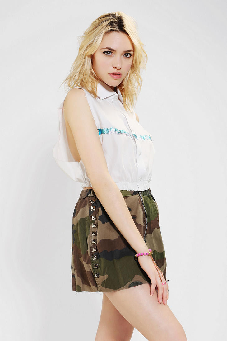 Urban Outfitters Foil trim Sleeveless top, sz. L - MSRP $59 image 2