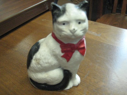 Primary image for Vintage Cast Iron Cat Bank
