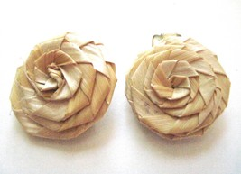"""Straw Rose  Clip On Earrings Vintage 1970-80's  Straw Textile 1"""" Diameter - $7.73"""